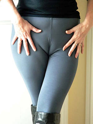 real pics of sexy full-grown cameltoe pussy