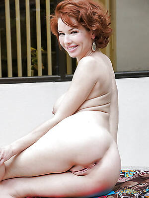 sexy X-rated grown-up ladies see porn pics