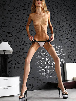 anorexic mature solo pictures