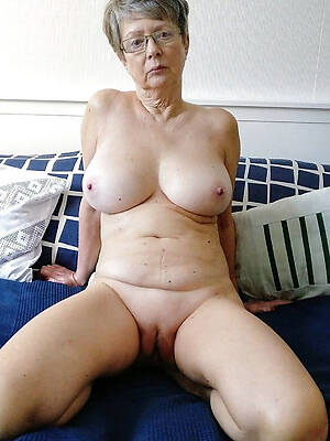 hot sexy naked 60 savoir vivre old column free porch