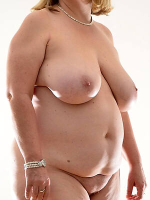 shorn pics of hot mature chubby moms
