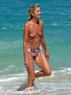 senior skinny milf unconforming porn photo