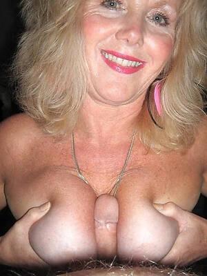 sexy mature tit job inexpert porn pics