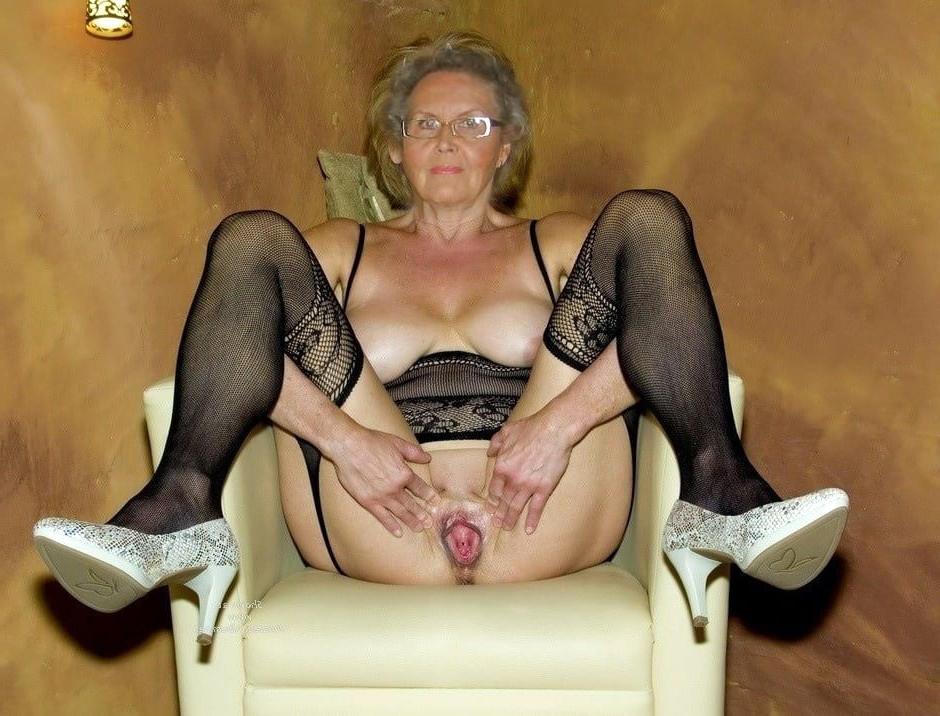 Slutty old lady